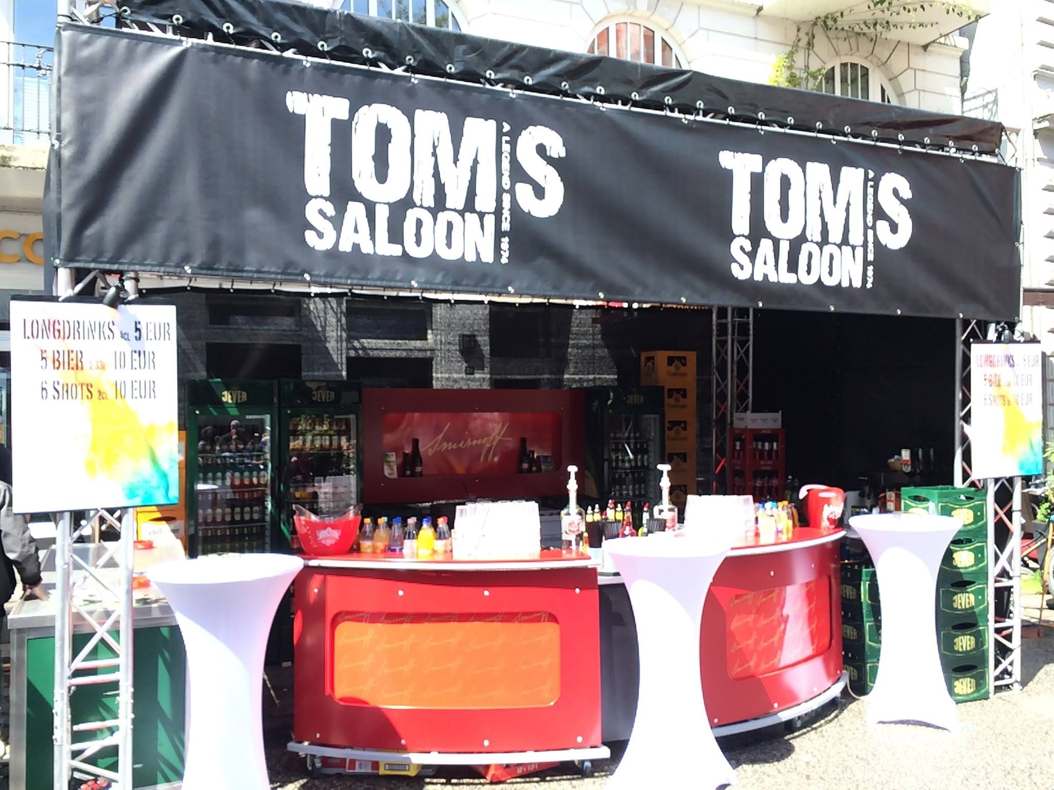 Toms Saloon